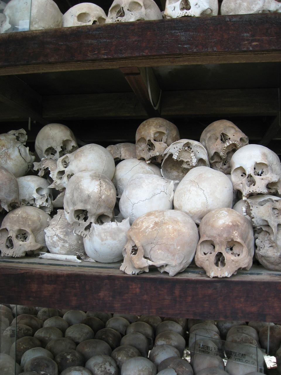 Choung Ek – Polja smrti
