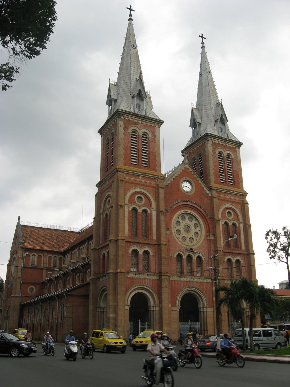 Katedrala Notre Dame, Saigon